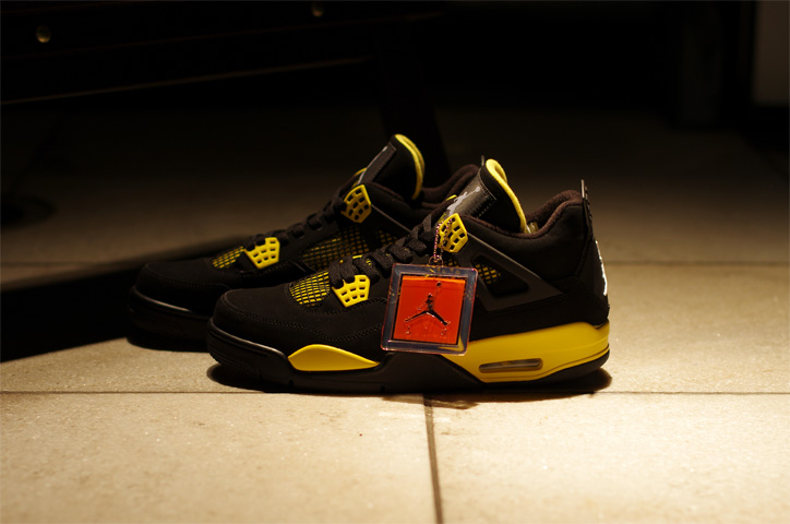 "Photo03 - AIR JORDAN 4 RETRO ""Thunder"" Japan Release Date"