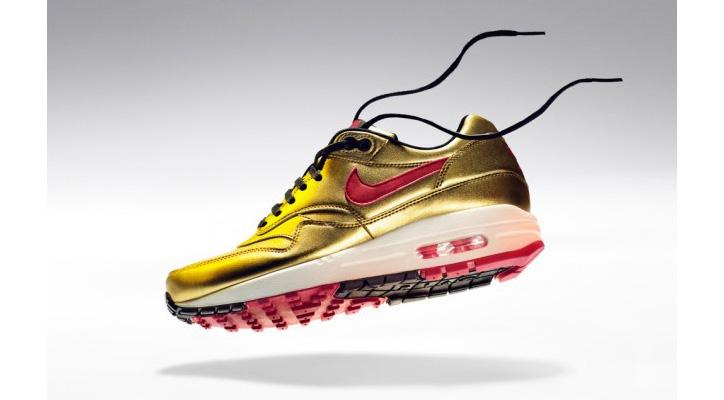 Photo01 - Nike Air Max 1 Gold Metallic/Infrared Spring 2013