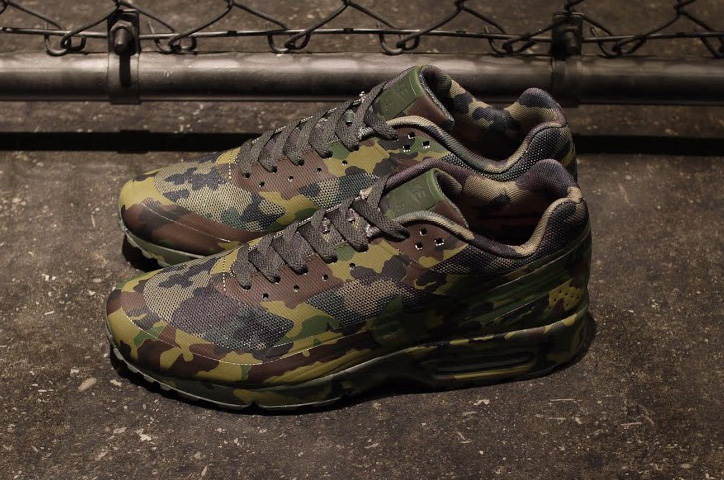 """Photo04 - NIKE AIR MAX """"CAMOUFLAGE COLLECTION"""""""