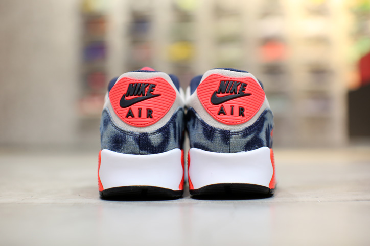Photo04 - NIKE AIR MAX 90 Bleach Denim CollectionのWeb販売をスタート