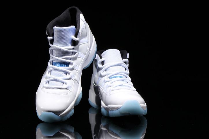 "Photo03 - 通称""LEGEND BLUE""と呼ばれる NIKE AIR JORDAN 11 WHITE/LEGEND BLUE が発売"