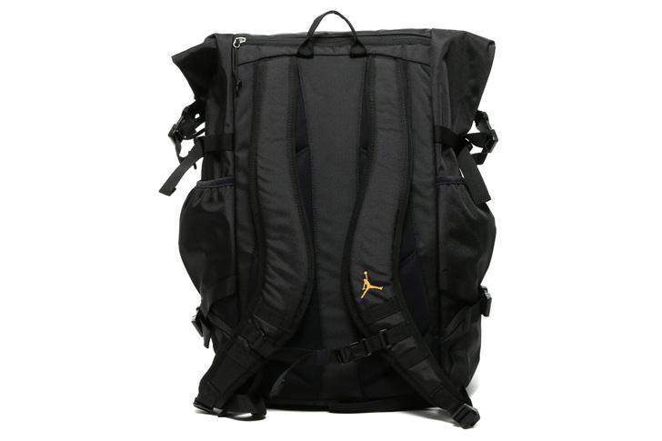 Photo13 - Jordanブランドから、トロント出身のラッパーDRAKEがデザインしたAIR JORDAN X RETRO OVOが発売