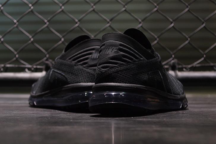 Photo10 - ナイキから、FOOT LOCKERの販路限定でリリースされ話題を集めたニューモデルAIR MAX FLAIRが登場