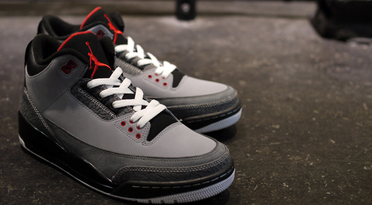 "Photo01 - NIKE AIR JORDAN III RETRO ""BRAND JORDAN"" ""LIMITED EDITION for NONFUTURE"""