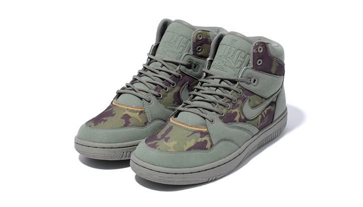 Photo04 - Stussy x Nike Sky Force 88 Mid Capsule Collection