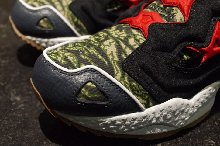 Photo02 - EXPANSION x mita sneakers x Reebok INSTA PUMP FURY