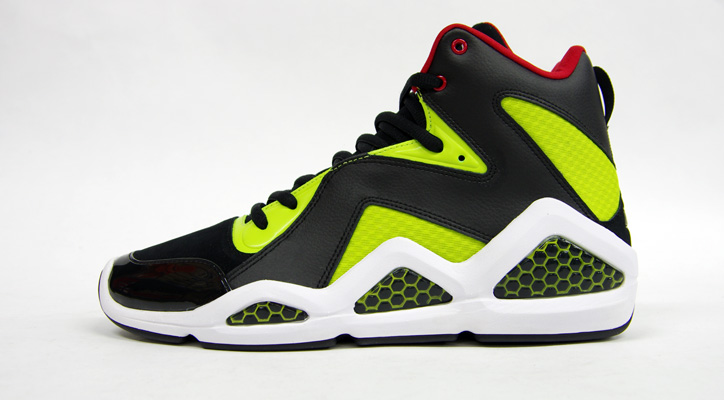 "Photo04 - Reebok KAMIKAZE III MID ""SWIZZ BEATZ"" ""世界店舗限定"" BLK/YEL/RED"
