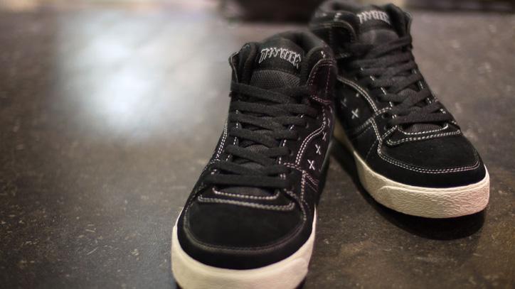 Photo02 - mita sneakers x KICKS LAB. x THRASHER BUCHANAN DOG