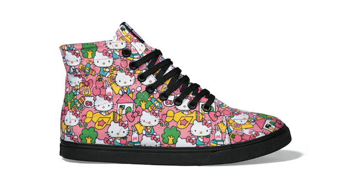 "Photo01 - SANRIO x VANS ""HELLO KITTY"" PACK"