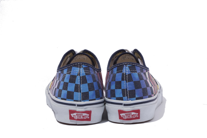 Photo08 - XLARGE® x VANS AUTHENTIC TIE-DYE CHECKER FLAG