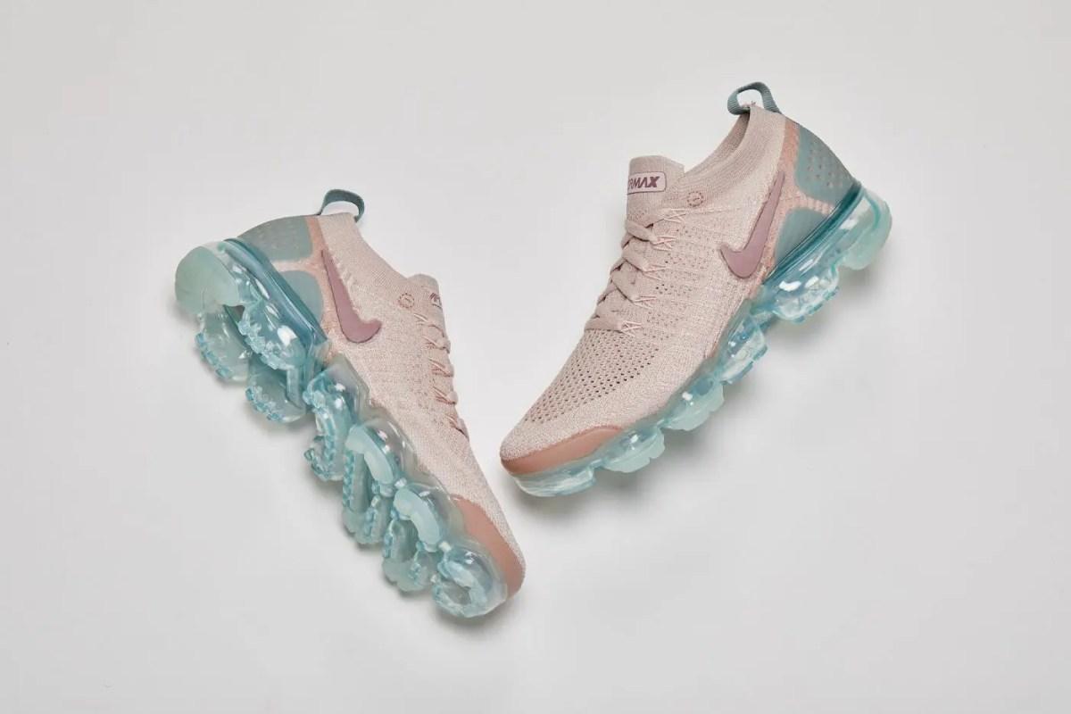 10/1海外で発売【Nike Air Vapormax】新作のナイキ ヴェイパーマックスは、秋の着こなしにぴったりの女ベージュ*(Particle Beige/Smokey Mauve-Mica Green-Igloo : 942843-203)
