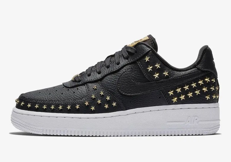 NIke-Air-Force-1-Low-Stars-Black-Gold-AR0639-001-1