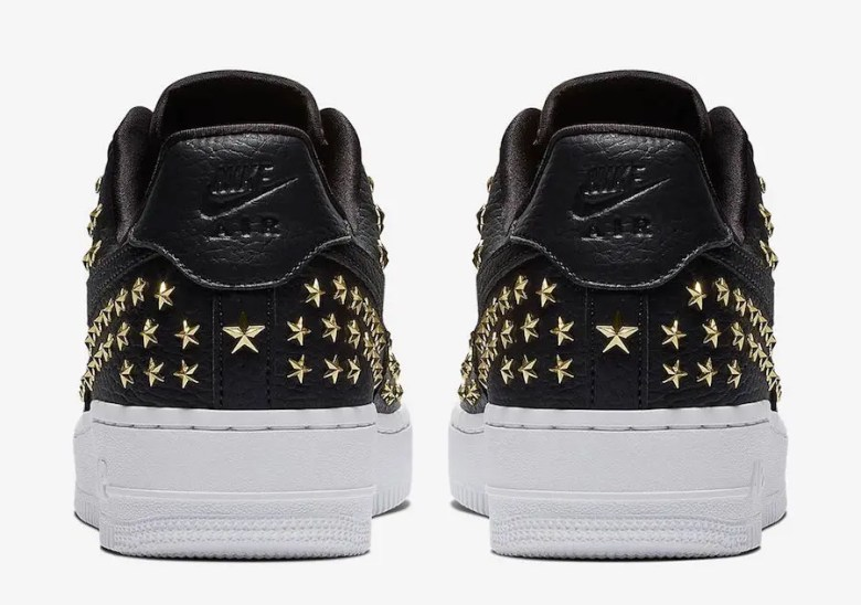 NIke-Air-Force-1-Low-Stars-Black-Gold-AR0639-001-4