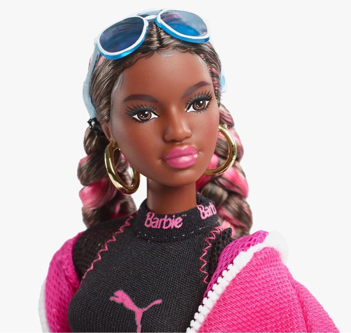Barbie x PUMA Unveil an Exclusive Doll Set for the Suede Sneaker 50th Anniversary-11