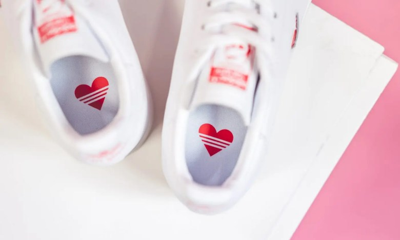 adidas-stan-smith-w-white-red-g27893-mood-2