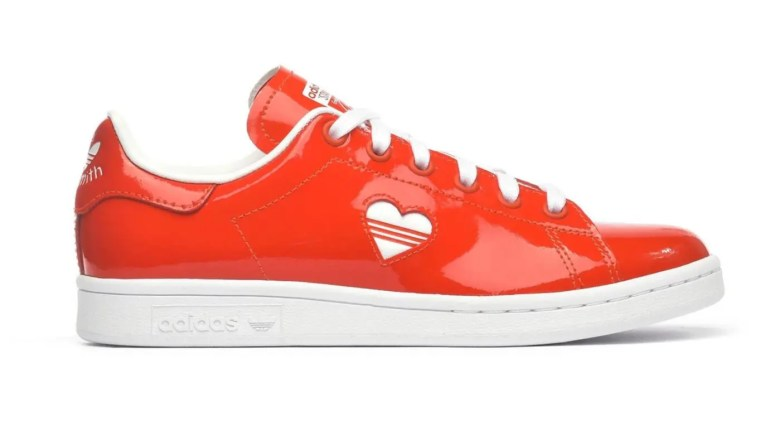 adidas Adds an Alternate Love Stan Smith to the Valentine's Day Pack-04