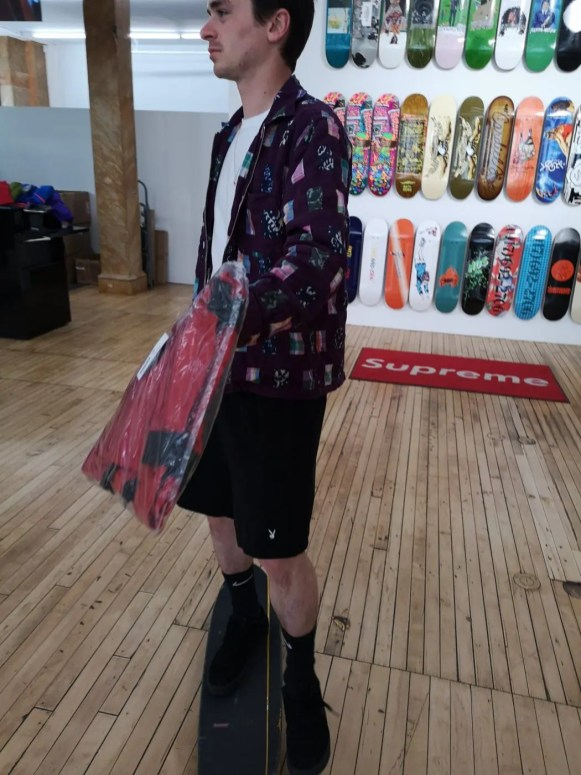 Supreme_2019ss_temp_store_bowery_spring_staff_3