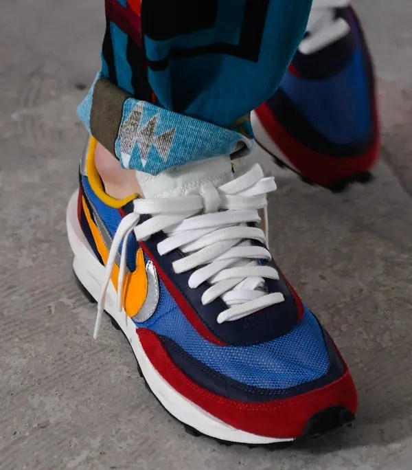 sacai-Nike-LDWaffle-Red-Blue-Release-Date-01