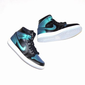 Nike-Air-Jordan-1-Mid-BQ6472-009-07