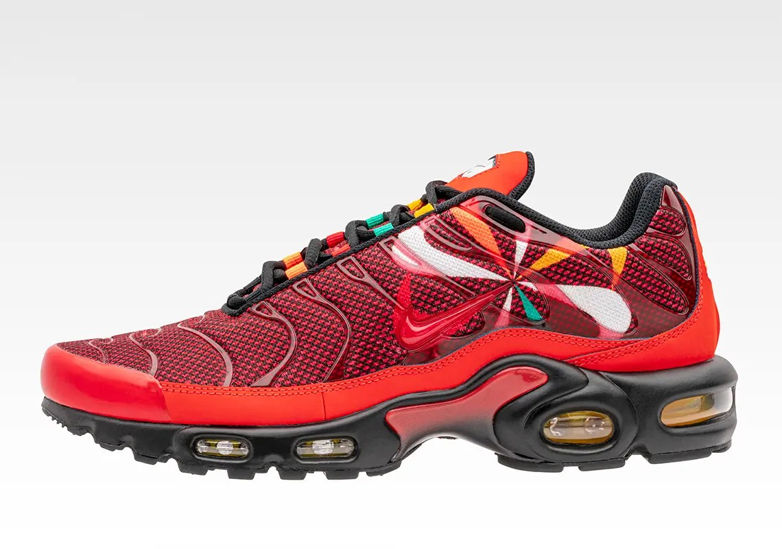 nike-air-max-plus-sunburst-pack-01