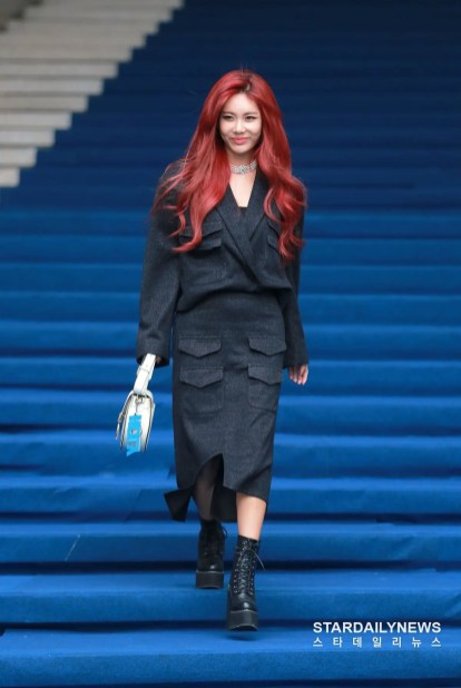 Seoul Fashion Week 2020 SS SFW ソウル ファッション ウィーク 2020年 春夏 最新 Qri キュリ T-ARA ティアラ