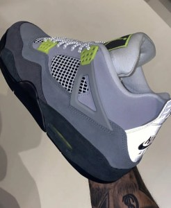 "Nike Air Jordan 4 Retro SE ""Neon"" (ナイキ エア ジョーダン 4 レトロ SE ""ネオン"") CT5342-007"