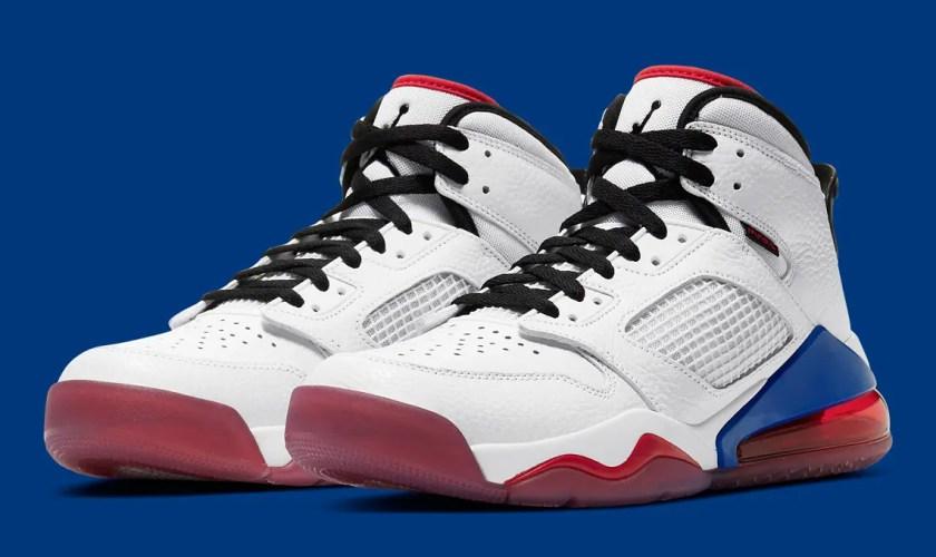 Nike-Jordan-Mars-270-CD7070-104-01