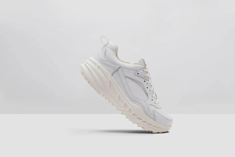 UGG CA805 Lace Sneaker 12x12-04