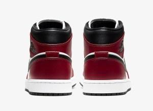 """Nike Air Jordan 1 Mid """"Chicago Black Toe"""" (ナイキ エア ジョーダン 1 ミッド """"シカゴ ブラック トゥ"""" つま黒) 554724-069"""