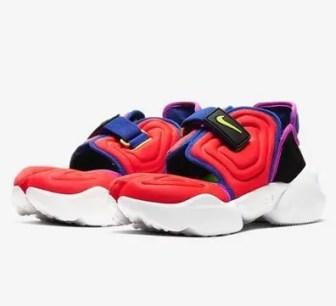 Nike WMNS Air Aqua Rift(ナイキ ウィメンズ エア アクア リフト)