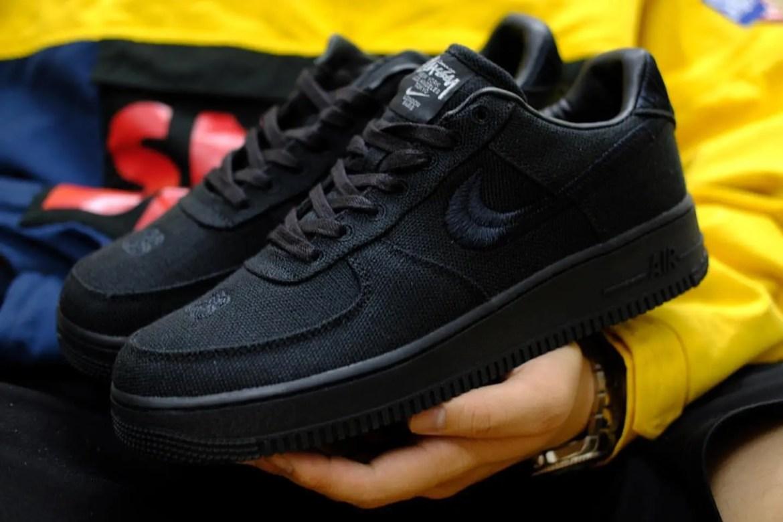 ステューシー ナイキ コラボ エア フォース 1 ブラック Stussy Nike Air Force 1 Black close side logo swoosh