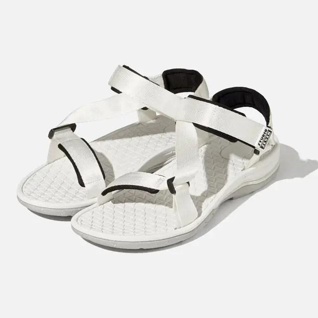 GU_Sports_sandals_studio_seven_E_00white