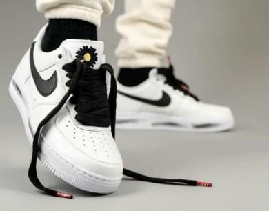 PEACEMINUSONE Nike Air Force 1 2.0 DD3223-100 ピースマイナスワン ナイキ エアフォース 1 パラノイズ ホワイト コラボ 着用 pair front