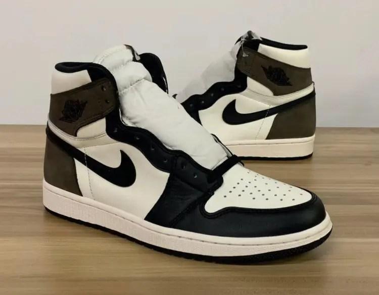 """Nike Air Jordan High """"Dark Mocha"""" ナイキ エアジョーダン ハイ """"ダークモカ"""" 555088-105 right close"""