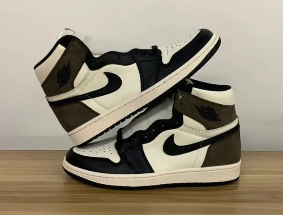 "Nike Air Jordan High ""Dark Mocha"" ナイキ エアジョーダン ハイ ""ダークモカ"" 555088-105 side pair"