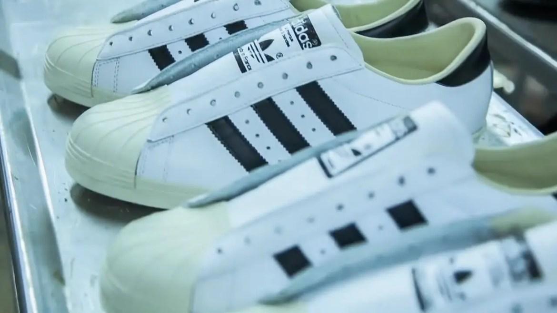 adidas Originals Iconic Sneakers アディダス オリジナルス スニーカー 人気