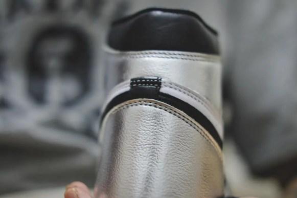"""ナイキ エアジョーダン 1 レトロ ハイ OG ウィメンズ """"シルバー トゥ"""" Nike-Air-Jordan-1-Silver-Toe-WMNS-CD0461-001-heel"""