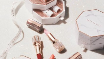 Dear Dahlia Korean Cosmetics Christmas Collection 2020-01