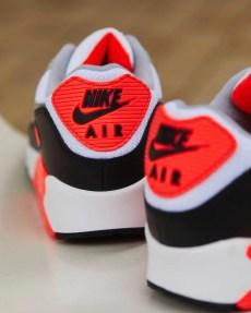 ナイキ エア マックス 90 インフラレッド Nike Air Max 90 Infrared CT1685-100 atmos heel logo
