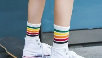 how-to-style-socks-with-sneakers-idea-11