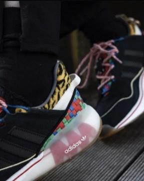 アディダス オリジナルス ZX 2K ブースト ピュア adidas-Originals-ZX-2K-BOOST-PURE-GW2445-style-onfoot