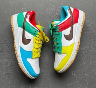 "Nike Dunk Low SE ""Free 99"" ナイキ ダンク ロー SE ""フリーナインティナイン"" White/ Light Chocolate-Roma Green DH0952-100 main detail"