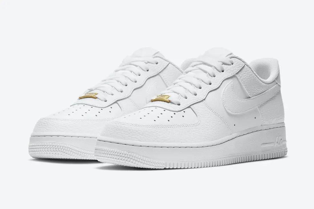 """ナイキ エア フォース 1 ロー """"トリプル ホワイト"""" Nike-Air-Force-1-Low-White-CZ0326-101-pair"""