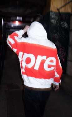 supreme 2021ss week2 シュプリーム 2021春夏 Don't Care Hooded Sweatshirt wearing