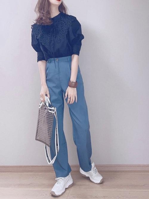 大人女子のトレンドコーデ slacks-sneakers-ladys-styles-color-slacks-trend