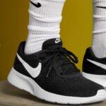 ナイキ タンジュン ブラック ホワイト 白 黒 スニーカー Nike Tanjun Black White Sneaker