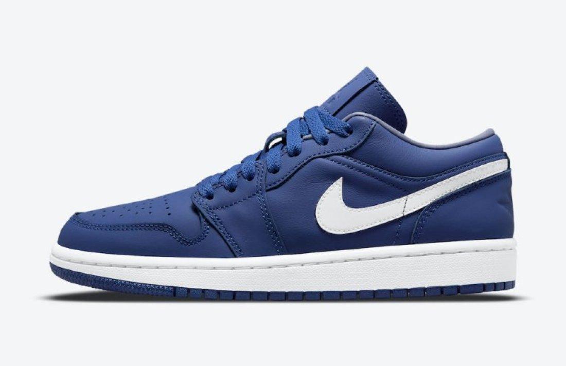 """ナイキ ウィメンズ エア ジョーダン 1 ロー """"ディープ ロイヤル"""" Nike-WMNS-Air-Jordan-1-Low-Deep-Royal-DA8008-401-side"""