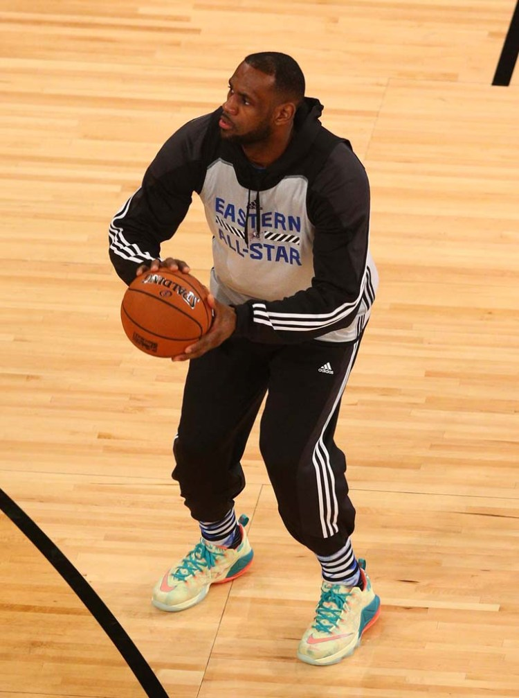 ... Nike LeBron 12 Low LeBronold Palmer ... 31b47ba6d5