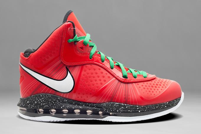 Nike LeBron 8 V2 Christmas 2010
