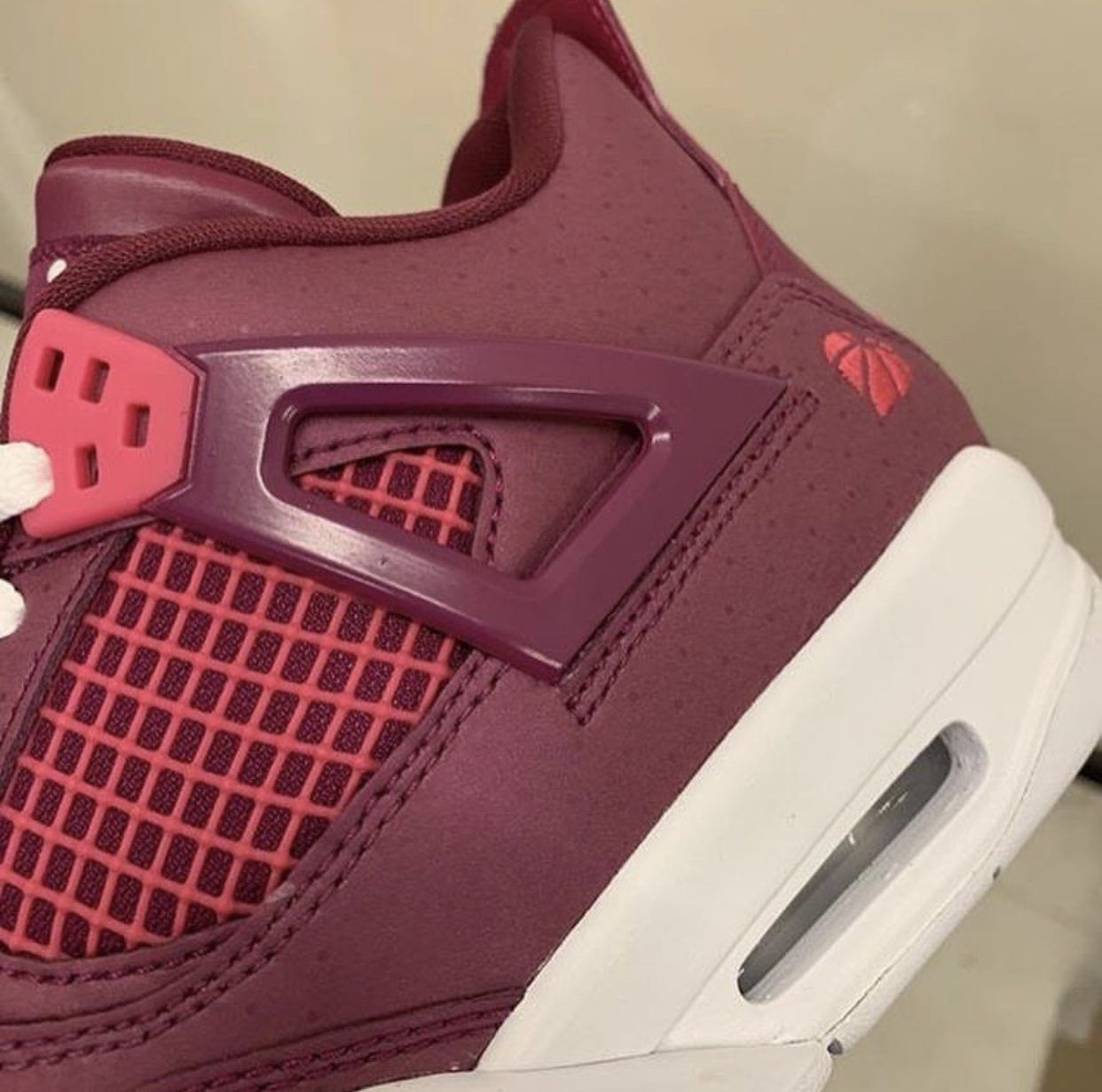 Air Jordan 4 True Berry Valentines Day 487724 661 Release